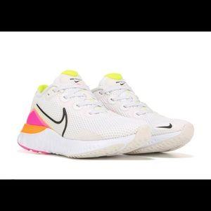 Nike Renew Run Running Shoe 9.5 Women's